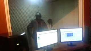 Studio Session With Mugees Inside DS Media Studios 2012 [GhCampuz.com]