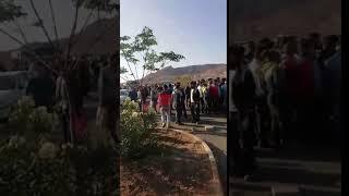 Iran, Kashan-Les employés de la centrale électrique protester le retard de leurs chèques de paie