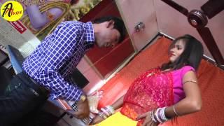 HD Video 2015 New Bhojpuri Hot Song || Tora Lahnga Me Hitar || Randhir Tufani, Khushboo Uttam