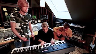 5 Seconds of Summer - She Looks So Perfect (Cover by The Main Level)