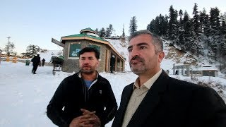 WE ALMOST STUCK IN  HEAVY SNOW AT MURREE & NATHIA GALI - PAKISTAN