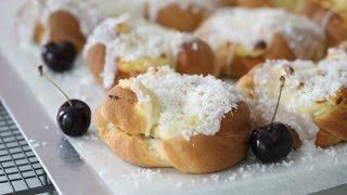 How to make sweet vanillla buns , Manuela's Diner episode 12