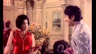 Hot Kannada Movie - Bahaddur Gandu - Rajkumar - Part 3 of 14