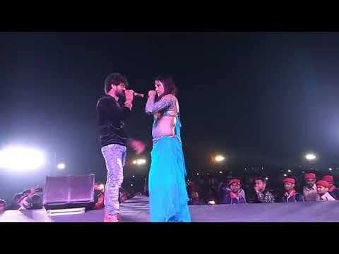 Khesari lal yadav and akshara shing pahala stage sow
