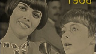 1968 PETIT PAPA NOEL - Mireille, Remy Mathieu & Paul Mauriat grand orchestra
