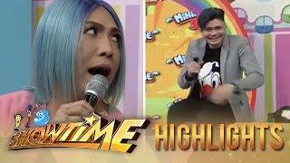 It's Showtime Mini Me 3 Grand Finals: Vhong's trick for Vice Ganda