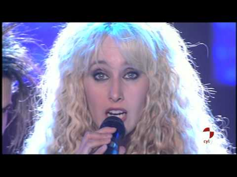 Innocence The Show Must Go On Siempre Estrellas 6 8 2011