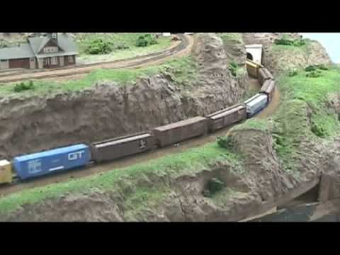 Model Railroad VLog Running Trains & Layout Overview Part 2