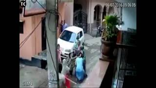 Real indian ladies street fights