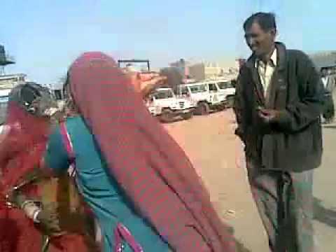 Desi fight (indian women fight)