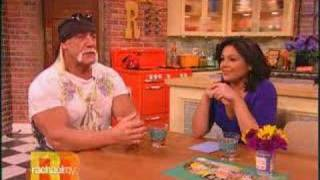 Rachael Ray Measures Hulk Hogan