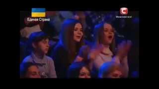 شاب عربي مصري يهز مسرح مواهب اوكرانيا( مترجم)