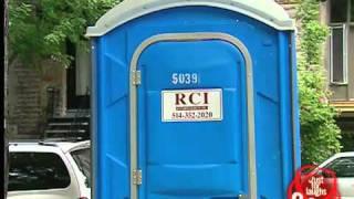 melahirkan di toilet lucu.flv