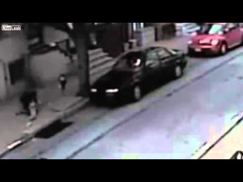 Attempted Abduction of 10-Year-Old Girl Caught on Video.