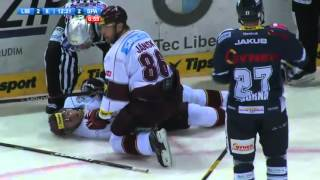 Hockeyfighters.cz  Kudrna vs Krstev.wmv
