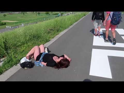 Xxx Mp4 VLOG Cuộc Sống Nhật Bản Gái Nhật Say Xỉn Nằm Bẹp Ngoài Đường Bạn Sẽ Làm Gì 3gp Sex