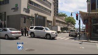 Downtown Honolulu stabbing in broad daylight