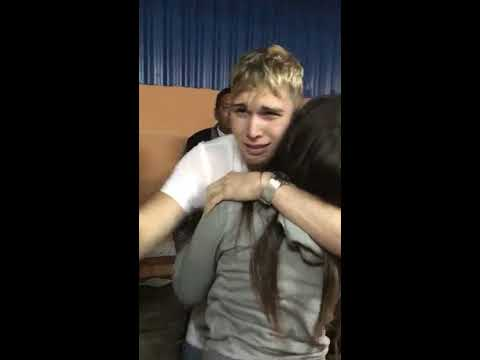 Xxx Mp4 Llegada Sorpresa Al Cumple De Mi Hermanita En Cuba Después De 3 Años Sin Poder Ir 3gp Sex