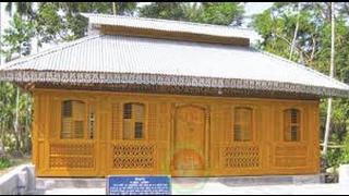 বিচিত্র কারুকাজ খচিত শতবর্ষী 'কাঠ মসজিদ'