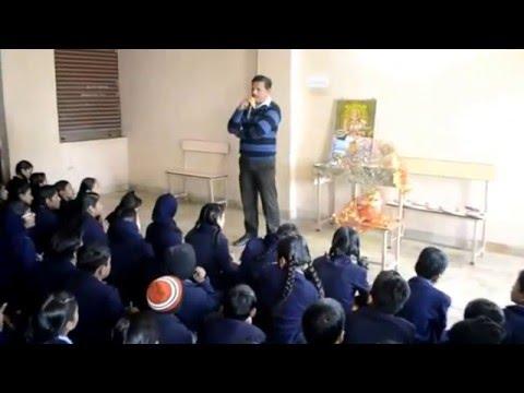कटनी (म.प्र.) के संस्कार भारती पब्लिक स्कूल में तुलसी पूजन कार्यक्रम मनाया गया