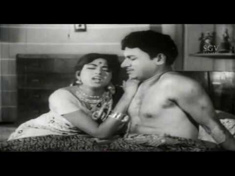 Dr Rajkumar | Bharathi | First Night Falls Kannada Comedy Scenes | Namma Samsara Kannada Movie