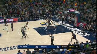 Ian Clark badly misses a wide-open 3