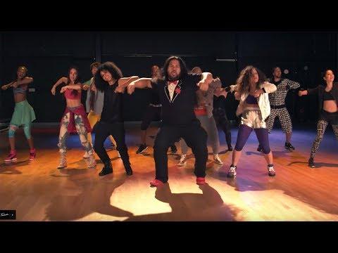 Tuxedo - Do It (Official Video)
