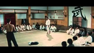 Bruce Lee vs Japanese School (Fist of Fury)