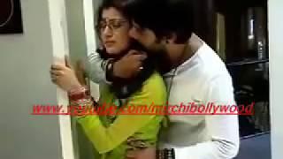 Kumkum Bhagya: Abhi romance with Pragya in car