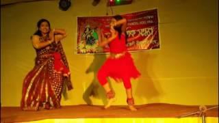 মা আর মেয়ের যুগলবন্দী নাচ /ki se darun/bangla song/konsart  song/ live dance/fun/funy video