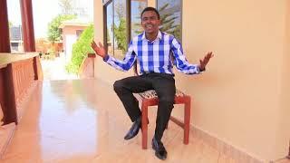 Namleta kwenu tena mwalimu wa kwaya nawimbaji wa nyimbo za injili toka arusha,,, frank Mathew.... EN