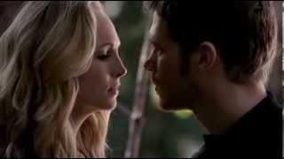 The Vampire Diaries 05x11 Klaus & Caroline -