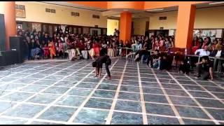 Vinayak college group dance