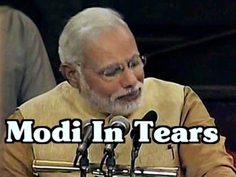 Narendra Modi in tears - Modi emotional speech