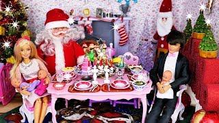 Wigilia u Barbie 🎄 Mikołaj, prezenty i kolacja 🎄 Bajka po polsku z lalkami święta 🎄 4K