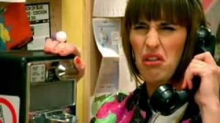 Fatal Bazooka feat Yelle - Parle à ma main
