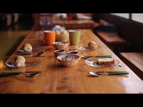 Desayuno en el Moving Hostel