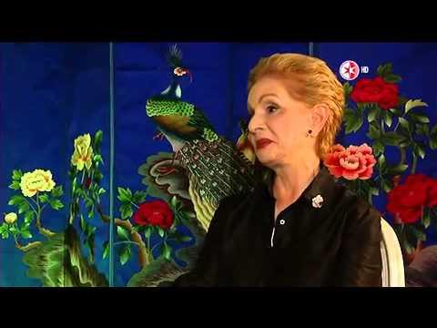 La Entrevista por Adela - Carolina Herrera