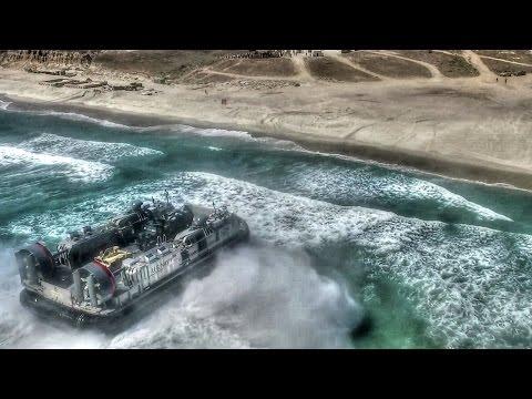 US Military Hovercraft LCAC & Assault