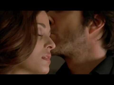 Aishwarya Rai Hot Neck Kissing Video