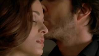 Aishwarya Rai Hot Neck Kissing Video