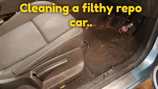 Cleaning a really dirty car Renault scenic