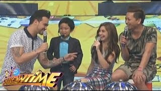 Paulo Avelino's MiniME, teaches Billy chessy lines for Coleen