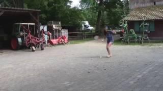 Federball spielen mit Isa und SteveRelius als Kommentator :D