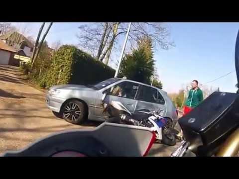 Dikkatsiz Kadın Sürücü ve Kaçınılmaz Kaza..