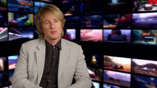 "Cars 3: Owen Wilson ""Lightning McQueen"" Behind the Scenes Movie Interview"
