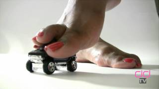 Darla TV - Giantess Ebony Feet Trample Hummer