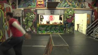 Urban Evolution - Parkour Vaulting Tutorial (Safety and Speed Vaults)