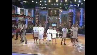 Nicky Astria - Carry On Child @trans7 ©21.11.2012