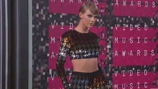 Taylor Swift: I Felt 'Violated' When Ex-DJ 'Put His Hands Up My Dress'